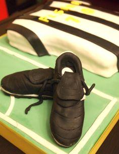 Fondant Football cleats, scarpette da calcio in pasta di zucchero