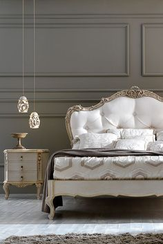 Ornate Carved Italian Rococo Button Upholstered Bed - New Luxury Furniture - Classic Bedroom Furniture, Bed Furniture, Luxury Furniture, Furniture Stores, Furniture Makers, Antique Furniture, Furniture Dolly, Furniture Outlet, Discount Furniture