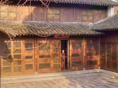 Explore the beauty of Amanfayun and surrounding Hangzhou in our photo gallery. View our luxury accommodation, traditional architecture & more at Aman.