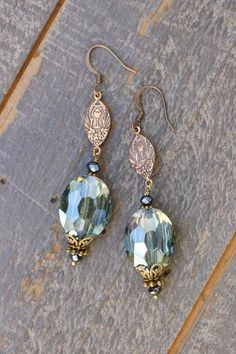 Green bead bunch tear drop LONG grapes cluster long dangle summer retro gypsy earrings 4 inches long Silver plated base