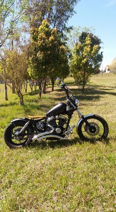 . Yamaha Virago, Bobber Bikes, Vintage Motorcycles, Old School, Vehicles, Inspiration, Biblical Inspiration, Car, Inspirational