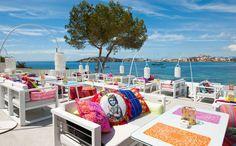 Situado en el punto más alejado de la Bahía de Talamanca, a solo 5 minutos de la ciudad de Ibiza está Sa Punta, un...