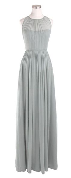 Love the length, long dresses/skirts are so hard to find these days, of course I…