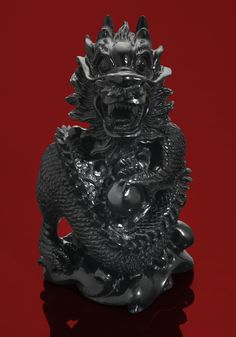 Black Jade Carving of a Dragon by Ronald Stevens - Carved from solid black jade originating from a rare and limited deposit in Western Australia Jade Dragon, Black Dragon, Dragon Statue, Dragon Art, Le Jade, Dragon Dreaming, Dragon Jewelry, Unusual Art, Gems And Minerals