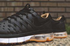 Nike Fingertrap Max Gum Sole Black (2)