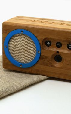 "A Portable Bluetooth Speaker That'd Look At Home On ""Mad Men"""