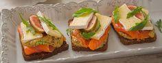 Сэндвич с сыром бри, форелью и инжиром