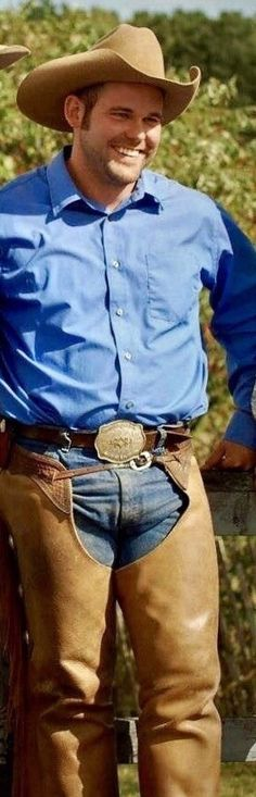 Mostly pics of cowboys I find from internet. A few of my own pics too. Cowboy Up, Cowboy Boots, Hot Men Bodies, Hot Country Boys, Cowboys Men, Cowboy Outfits, Denim Shirt With Jeans, Big Guys, Hairy Men