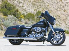 2009 Street Glide. Ours has a lot less crome and a lot more black.