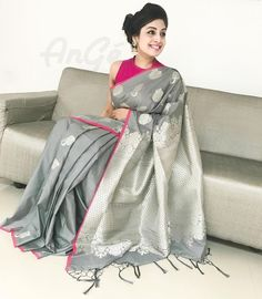 elegant saree \ elegant saree ` elegant saree party wear ` elegant saree classy ` elegant saree color combinations ` elegant saree look ` elegant saree for farewell ` elegant saree with price ` elegant saree receptions Saree Blouse Patterns, Sari Blouse Designs, Bridal Blouse Designs, Sari Design, Dress Designs, Grey Saree, Pink Saree, Soft Silk Sarees, Cotton Saree