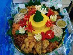 Catering tumpeng 085692092435: Nasi Tumpeng Syukuran Di Bekasi