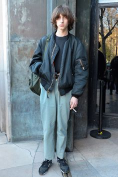 men's street style outfits for cool guys 80s Fashion, Trendy Fashion, Fashion Outfits, Fashion Trends, Fashion Styles, Street Fashion, Berlin Fashion, Fashion History, Fashion Boots