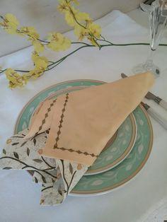 Napkins, Tableware, Chic Desk, Dinnerware, Dinner Napkins, Tablewares, Place Settings