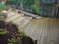 2-5 Sloping Garden (after)