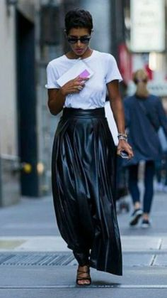 31 Ideas for style street casual summer minimal chic White Fashion, Love Fashion, Trendy Fashion, Womens Fashion, Trendy Style, Chic Summer Outfits, Casual Outfits, Fashion Outfits, Casual Summer