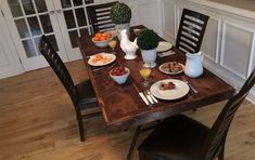 7 Fantastic Tips Can Change Your Life: Dining Furniture Makeover Light Fixtures rustic dining furniture brick walls. Dining Table Makeover, Diy Dining Table, Make A Table, Dining Nook, Easy Table, Patio Dining, Outdoor Dining, Farmhouse Folding Tables, Farmhouse Table