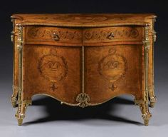 Harrington Commode thought to be designed by Thomas Chippendale