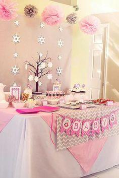 Cute baby shower decor! I love the pink and grey!