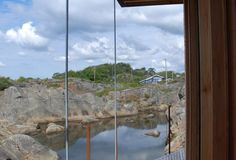 Cabin Lille Arøya by Lund Hagem Architects, between Norwegian rocks and sea Lund, Architects, Rocks, Cottage, Cabin, Sea, Nature, Travel, Naturaleza