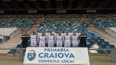 Sâmbătă seara împătimiții baschetului au putut asista în Sala Polivalentă din Craiova la meciul din cadrul etapei a 17-a a Ligii Naționale de baschet masculin în care SCM U Craiova a primit vizita echipei Campioane, CSM CSU Oradea. După 45 de minute de joc, partida necesintând prelungiri, după 61 de aruncări libere, din care 40 ale unei echipei și restul ale celeilalte, victoria a revenit echipei oaspete care astfel ajunge la 10 victorii, în timp ce alb-albaștri rămân cu 4 victorii și 11…
