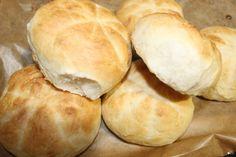 Baking Recipes, Banana Bread, Hamburger, Rolls, Food And Drink, Homemade Products, Breakfast Ideas, Cook, Crochet