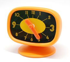 Retro 70's TV shaped clock from Luft.