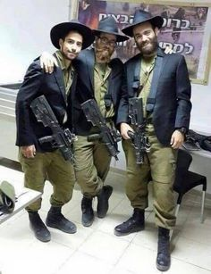 Chassidim and other Religious Jews also are a part of the #IDF and now after many years are drafted into military service for their compulsory enlistment.  ❤️ #Israel