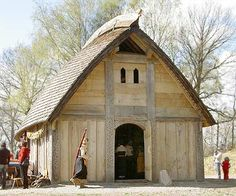 not a temple for religious use, were also for feasts and gatherings Viking House, Viking Age, Scandinavian Architecture, Architecture Design, Building Plans, Building A House, Build My Own House, National Art, Compact Living