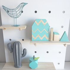"""P R O D U C T R E L E A S E Did you see our """"Shelfie Shapes""""? 4 different shapes painted in your choice of colours! All the same colour or a mixture of colours? You decide! Available to order NOW! . #shelfie #shelf #cute #kidsroom #shapes #shelffiller #wood #woodentoys #woodwork #woodenblocks #style #ontrend #onpoint #interior #handmade #perthbossladies #perthcreatives #theperthcollective #boysroom #girlsroom #nursery de 3craftybears"""