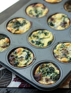 Looks like a yummy option for Christmas morning breakfast :: sausage spinach & feta frittata mini breakfast bites // from mellissa sevigny at ibreatheimhungry.com