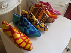 +VINTOUCH+: HORMAS DE ZAPATOS ANTIGUAS Upcycled Crafts, Handmade Crafts, Diy Crafts, Mannequin Art, Shoe Last, Shoe Tree, Diy Recycle, Assemblage Art, Dream Shoes