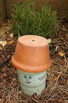 worm tube - LOVE this idea - bury a pipe with holes in the lower half for worm access... feed with kitchen scraps... cap to keep out flies and critters... and control odor... I think I'll paint mine like a mushroom =0}
