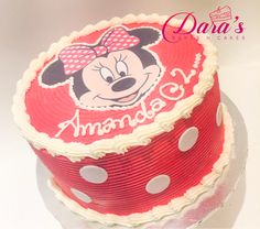 Minnie Mouse polka dots  butter iced cake .... Ice Cake, Minnie Mouse, Polka Dots, Butter, Treats, Baking, Desserts, Food, Sweet Like Candy