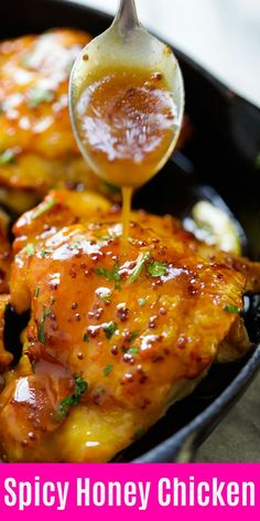 Honey-Glazed Chicken - the best skillet chicken dinner ever, in a spicy and sweet honey glaze. Spicy Honey-Glazed Chicken - the best skillet chicken dinner ever, in a spicy and sweet honey glaze. Takes 20 mins to make Honey Recipes, Spicy Recipes, Cooking Recipes, Healthy Recipes, Healthy Breakfasts, Healthy Snacks, Easy Honey Garlic Chicken, Honey Sauce For Chicken, Glaze For Chicken