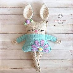#haken, gratis patroon (Engels), lappenpop, konijn, knuffel, speelgoed, #haakpatroon, #crochet, free pattern, stuffed toy, ragdoll rabit