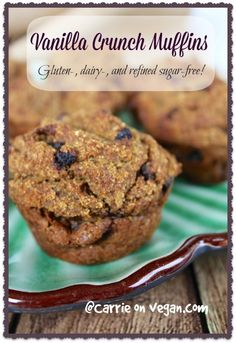 High-Protein Vanilla Crunch Muffins Dry ingredients: 2 ½ cups quinoa flakes ½ teaspoon baking powder ½ cup dried currants ½ teaspoon ground cinnamon 1 scoop plant-based vanilla protein powder (optional, see note*) ⅓ cup chopped walnuts Wet ingredients: 2 tablespoons sprouted chia and flax seed powder 6 tablespoons water 2 medium ripe bananas 15-ounces pumpkin puree 1 ½ cups unsweetened almond milk ½ teaspoon vanilla extract