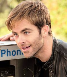 Chris Pine is a Celeb who has started to show signs of significant hair loss, over the years, his hair has taken a battering.