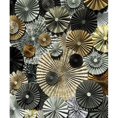 Metallic Pinwheel Backdrop All That Glitters Rosettes Background New Years Party Photo Booth Prop Wedding (Multiple Sizes Available) Paper Flower Backdrop, Paper Flowers, Sequin Backdrop, Backdrop Wedding, Wedding Dj, Vinyl Backdrops, Photo Backdrops, Paper Fans, Photo Booth Props