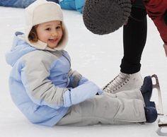 Wollman Trump Ice Skating Rink - New York City  #Yuggler #KidsActivities #IceSkating