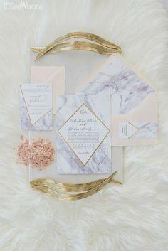 Marble wedding invitations with geometric accents! Just stunning! NORDIC LOVE: MARBLE & GEOMETRIC WEDDING THEME http://www.elegantwedding.ca