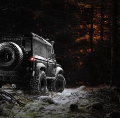 Land Rover Defender 90 Ed. Spectre Extreme in night scene. Superb