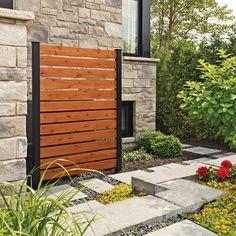 Un diplôme en design industriel en poche et une famille établie dans le domaine de l'installation de clôtures et de rampes depuis 30 ans… des conditions gagnantes pour commercialiser des écrans urbains!