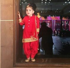 Ideas Birthday Outfit Pants Mice For 2019 Baby Girl Birthday Dress, First Birthday Outfits, Baby Frocks Designs, Kids Frocks Design, Patiala, Churidar, Salwar Kameez, Kids Blouse Designs, Baby Dress Design