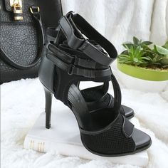 "SOLD Zara Downtown Strappy Black Heels Zara Downtown Strappy Black Heels! These heels are just amazing! Perfect for a night out. Wear with light skinny jeans or dress it up with a LBD. Excellent condition. 3 Velcro ankle straps. Stretchy mesh in the front. Size 39/8. Fits true to size. 4.5"" heel. Zara Shoes Heels"