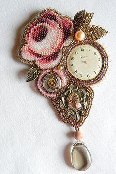 Russian beadwork artist and jeweler Olga Orlova