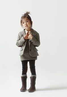 Fall/Winter Leggings & Boots outfit + Short Jacket: Cute menswear style for my baby girl. Credits say outfit by zara kids fall. Fashion Kids, Little Girl Fashion, Toddler Fashion, Latest Fashion, Fashion Images, Fashion Clothes, Fall Fashion, Style Fashion, Fashion Shoes