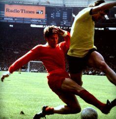 Arsenal 2 Liverpool 1 in May 1971 at Wembley. Emlyn Hughes tackles Pat Rice in the FA Cup Final. Arsenal Match, Arsenal Fc, Arsenal Football, Emlyn Hughes, Fa Cup Final, Liverpool, Finals, Soccer, Running