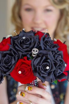 red, black roses & skull bouquet - artificial silk