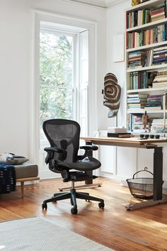 Miller Homes, Office Furniture Modern, Aeron Chairs, Counseling Office Design, Home, Home Office Design, Furniture Design, Ergonomic Office Chair, Herman Miller Office Chair