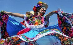Need plans for Cinco de Mayo? You can celebrate at SeaWorld Orlando! Details: Seaworld Orlando, Orlando Florida, Food Festival, Shrimp Tostadas, Dj Dance, Mexican Street Corn, The Dj, Fun Cocktails, Barbacoa